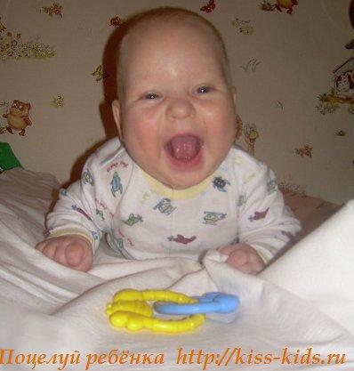 Навыки и умения малыша в возрасте три месяца